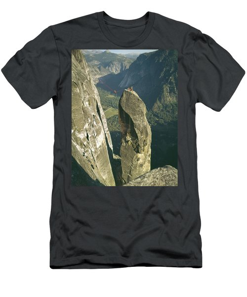 306540 Climbers On Lost Arrow 1967 Men's T-Shirt (Athletic Fit)