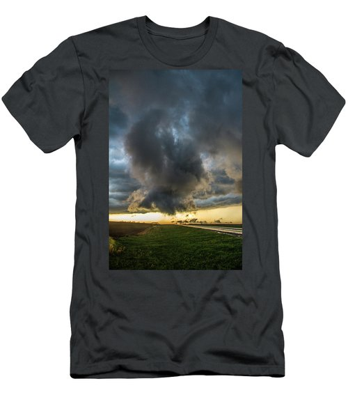 3rd Storm Chase Of 2018 050 Men's T-Shirt (Athletic Fit)
