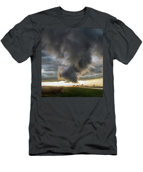 3rd Storm Chase Of 2018 051 Men's T-Shirt (Athletic Fit)