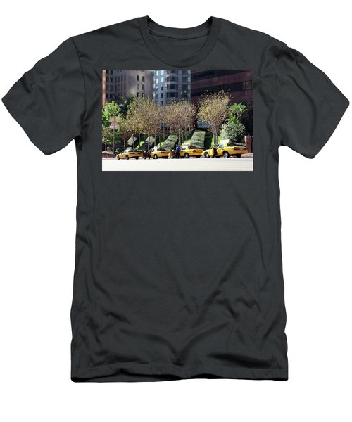 4 Taxis In The City Men's T-Shirt (Athletic Fit)