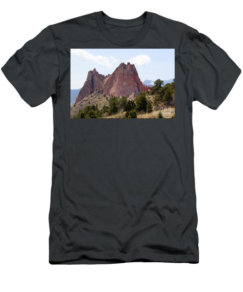 Dakota Trail At Garden Of The Gods Men's T-Shirt (Athletic Fit)