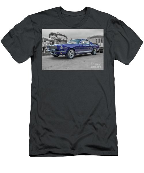 65' Mustang Men's T-Shirt (Athletic Fit)