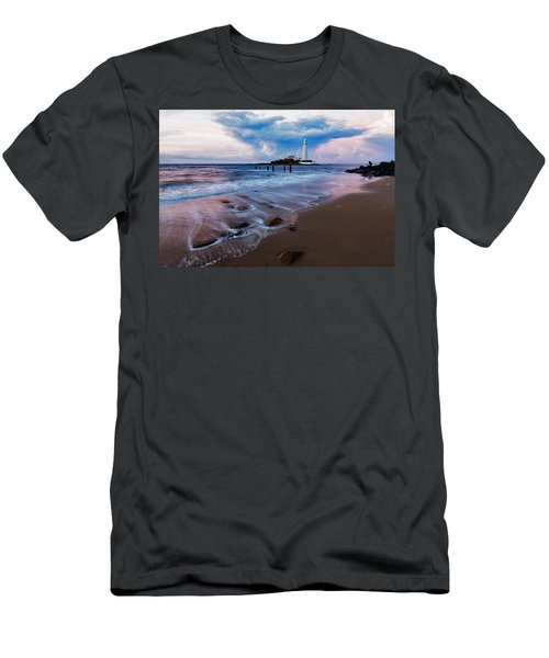 Saint Mary's Lighthouse At Whitley Bay Men's T-Shirt (Athletic Fit)