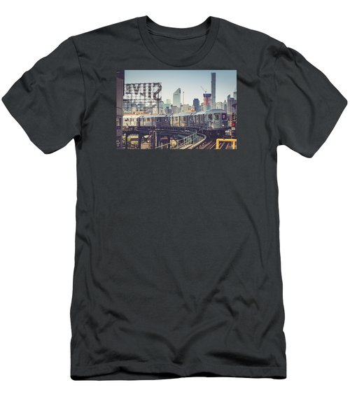 7 Train And Silvercup Studios Men's T-Shirt (Athletic Fit)