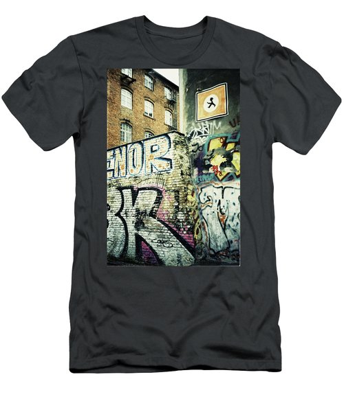 A Wall Of Berlin With Graffiti Men's T-Shirt (Athletic Fit)