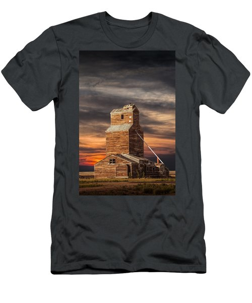 Abandoned Grain Elevator On The Prairie Men's T-Shirt (Athletic Fit)