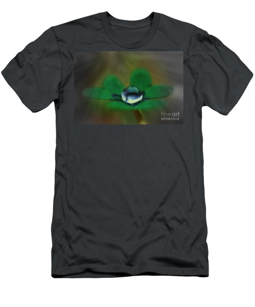 Abstract Clover Men's T-Shirt (Slim Fit)