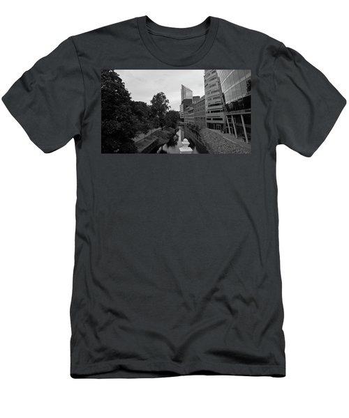 Akerselva Men's T-Shirt (Athletic Fit)