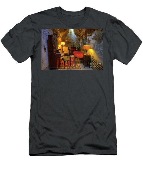 Al Capones Jail Cell Men's T-Shirt (Athletic Fit)