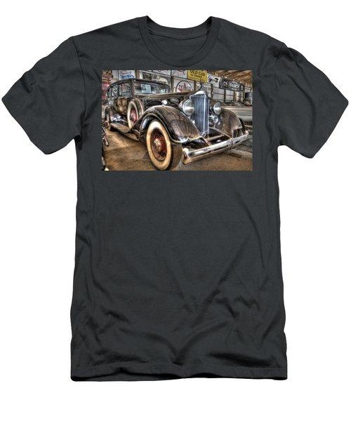 Al Capone's Packard Men's T-Shirt (Athletic Fit)