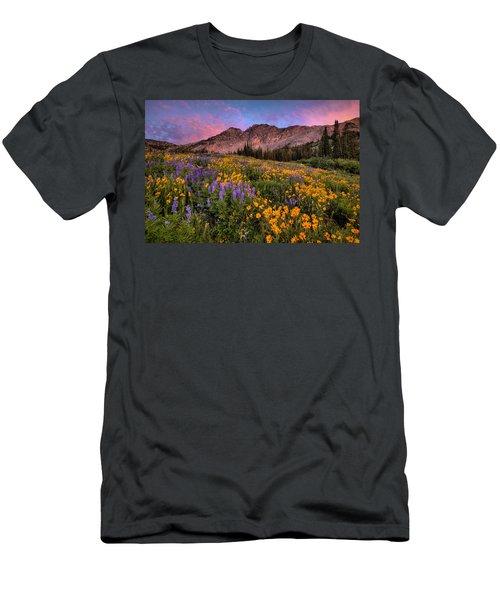 Albion Wild Men's T-Shirt (Athletic Fit)