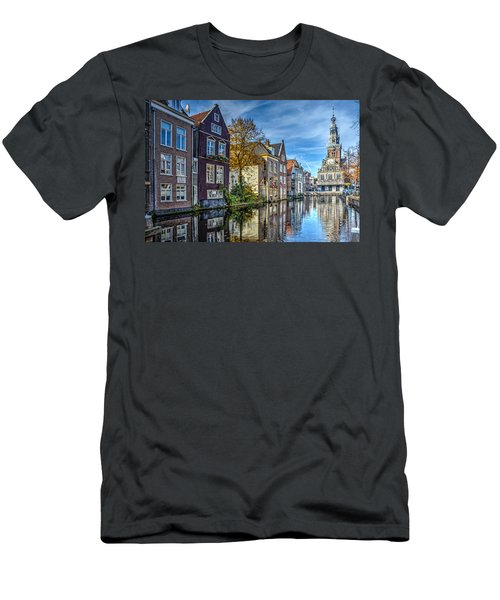Alkmaar From The Bridge Men's T-Shirt (Athletic Fit)
