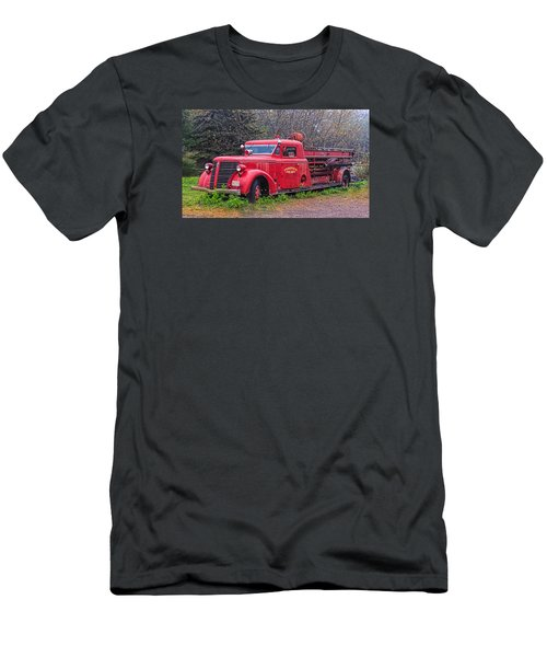 American Foamite Firetruck2 Men's T-Shirt (Athletic Fit)