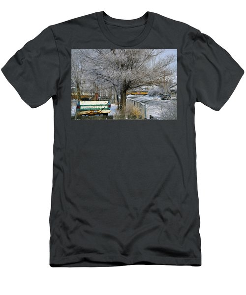 Americana And Hoarfrost Men's T-Shirt (Athletic Fit)