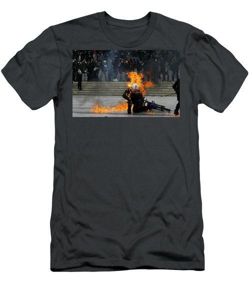 Anarchy Men's T-Shirt (Athletic Fit)