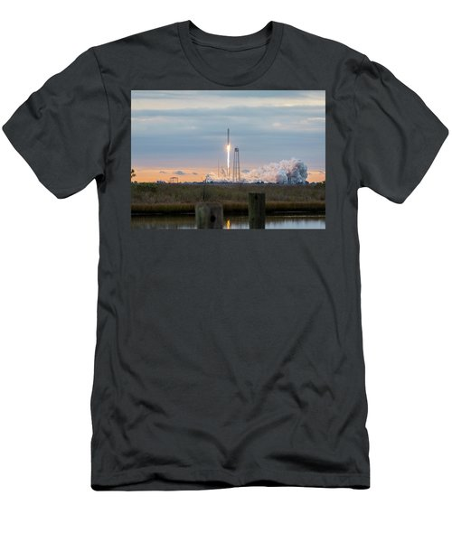 Antares Launch From Wallops Island Men's T-Shirt (Athletic Fit)