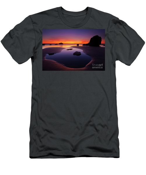 Arcadia Beach Reflections Men's T-Shirt (Athletic Fit)