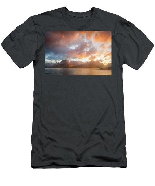 Arctic Susnset Men's T-Shirt (Athletic Fit)