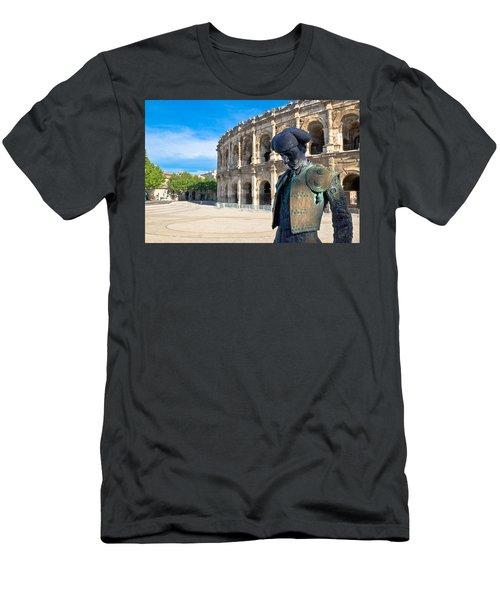 Arenes De Nimes Bullfighter Men's T-Shirt (Athletic Fit)