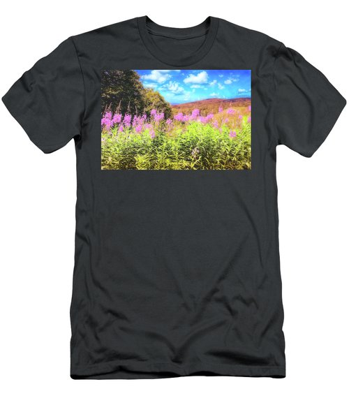 Art Photo Of Vermont Rolling Hills With Pink Flowers In The Foreground Men's T-Shirt (Athletic Fit)