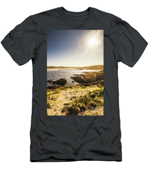 Arthur River Tasmania Men's T-Shirt (Athletic Fit)