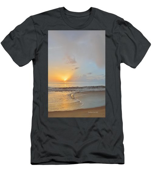 August 10 Nags Head Men's T-Shirt (Athletic Fit)