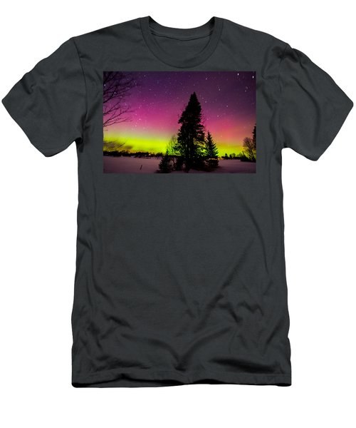 Aurora With Spruce Tree Men's T-Shirt (Athletic Fit)