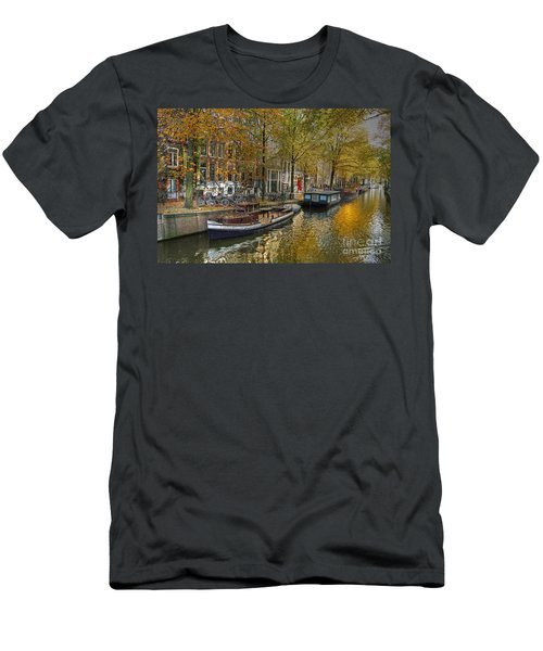 Autumn In Amsterdam Men's T-Shirt (Athletic Fit)