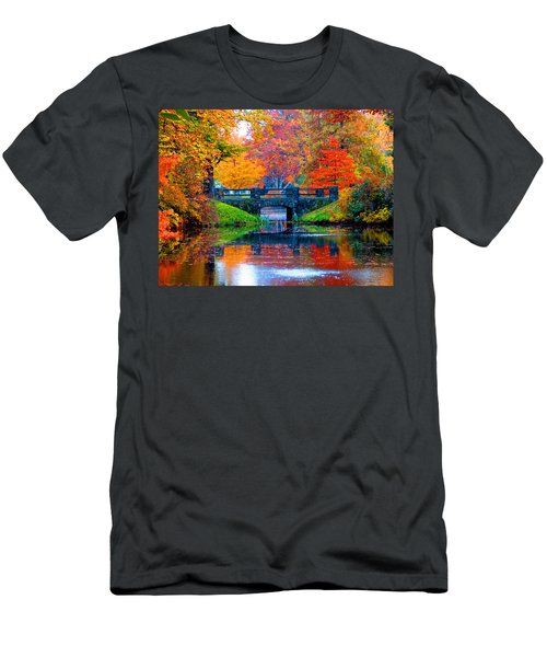 Autumn In Boston Men's T-Shirt (Athletic Fit)