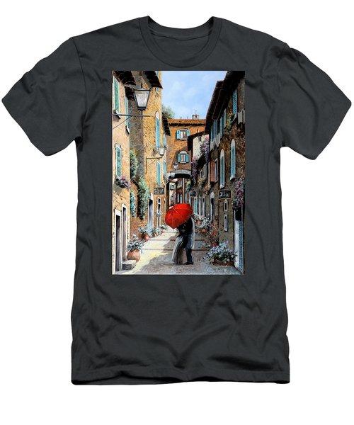 Baci Nel Vicolo Men's T-Shirt (Athletic Fit)