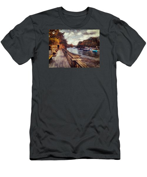 Balustrades And Boats Men's T-Shirt (Athletic Fit)