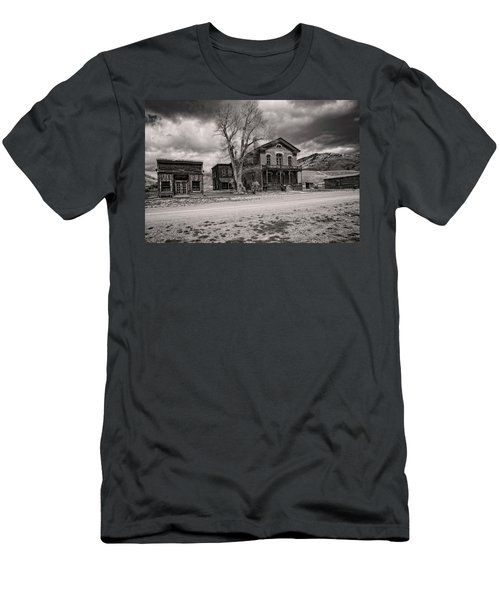 Men's T-Shirt (Athletic Fit) featuring the photograph Bannack Montana Ghost Town by Scott Read