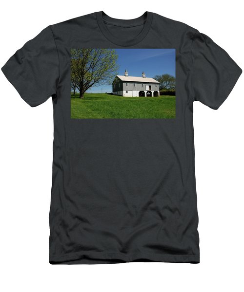 Barn In The Country - Bayonet Farm Men's T-Shirt (Athletic Fit)