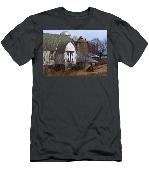 Barn On 29 Men's T-Shirt (Athletic Fit)