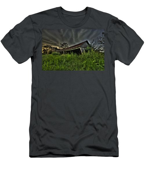 Barn Storm Men's T-Shirt (Athletic Fit)