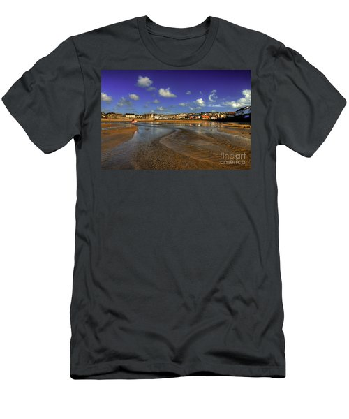 Beach At Perranporth Men's T-Shirt (Athletic Fit)