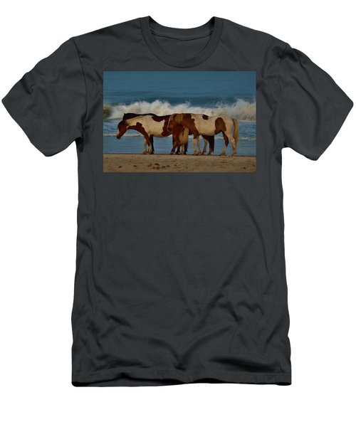 Beach Bum Ponies Men's T-Shirt (Athletic Fit)
