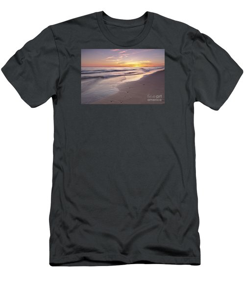 Beach Welcoming Twilight Men's T-Shirt (Athletic Fit)