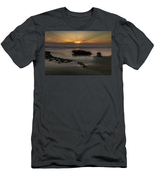 Beamscape Men's T-Shirt (Athletic Fit)