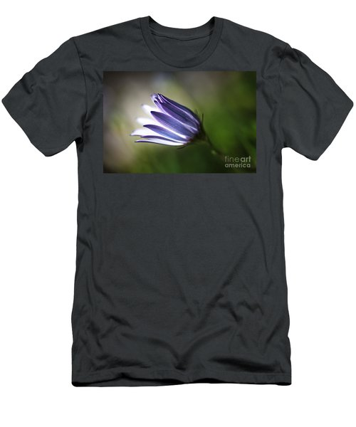 Beautiful Inner Glow Of The Daisy Men's T-Shirt (Athletic Fit)