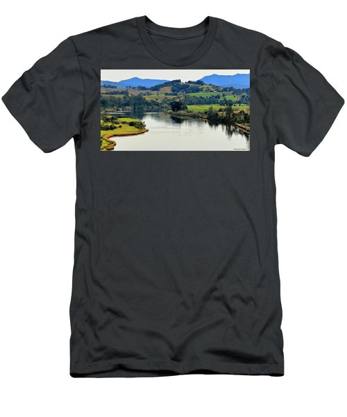 Beautiful Manning River 06663. Men's T-Shirt (Athletic Fit)