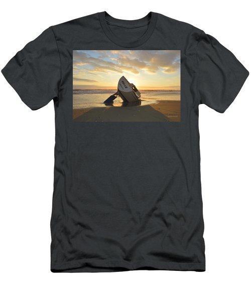 Belle At Sunrise Men's T-Shirt (Athletic Fit)