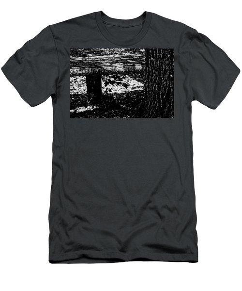 Bench Loves Tree Men's T-Shirt (Athletic Fit)