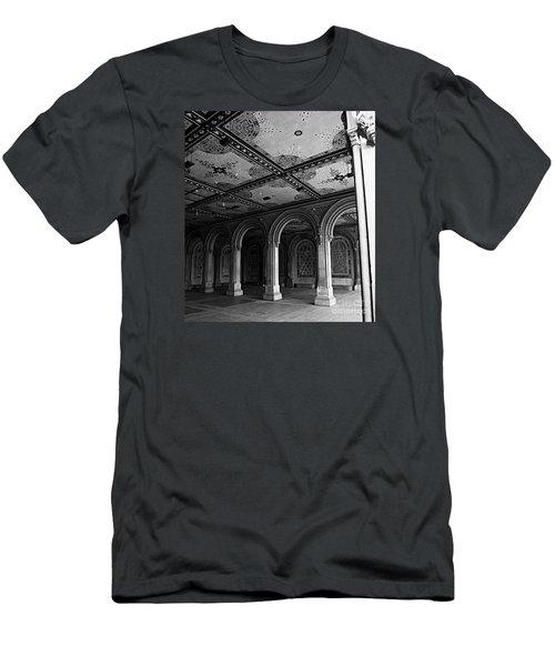 Bethesda Terrace Arcade In Central Park - Bw Men's T-Shirt (Slim Fit) by James Aiken