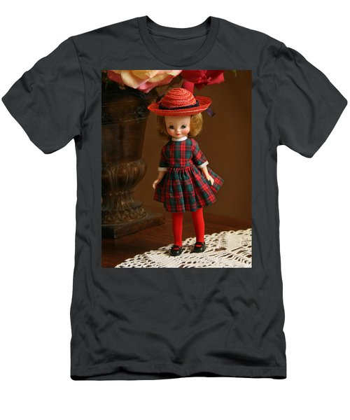 Betsy Doll Men's T-Shirt (Athletic Fit)