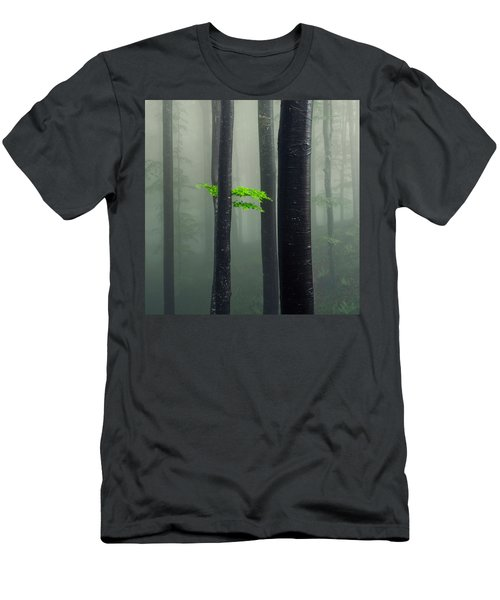 Bit Of Green Men's T-Shirt (Athletic Fit)