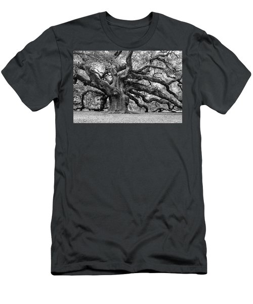Black And White Angel Oak Tree Men's T-Shirt (Athletic Fit)