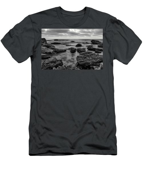 Black And White Sunset At Low Tide Men's T-Shirt (Athletic Fit)