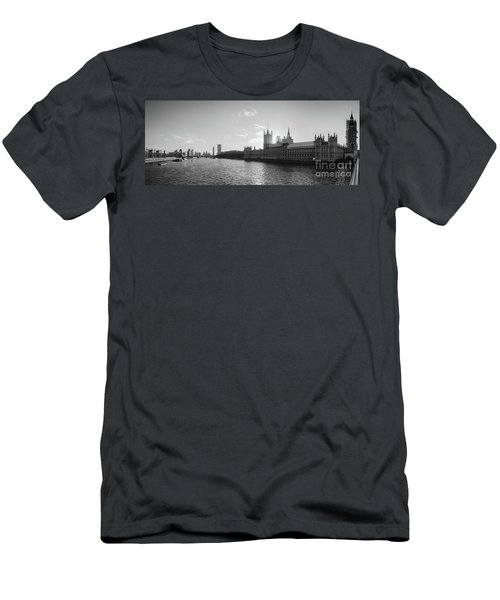 Black And White View Of Thames River And House Of Parlament From Men's T-Shirt (Athletic Fit)
