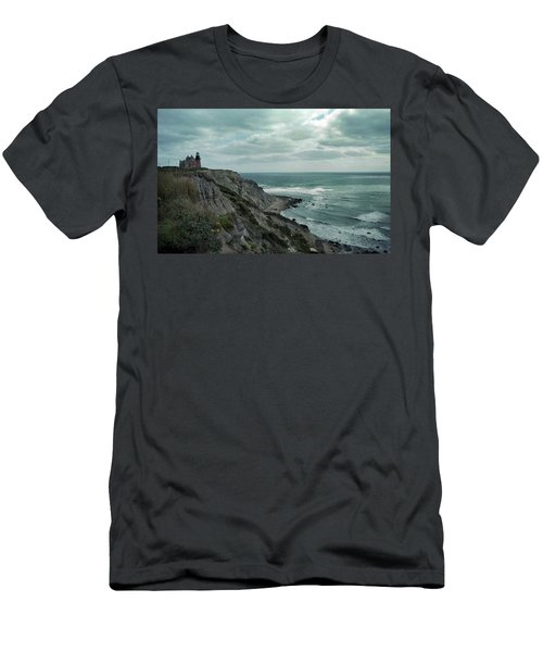 Block Island South East Lighthouse Men's T-Shirt (Athletic Fit)
